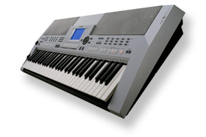 Yamaha PSR S500