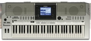 Yamaha PSR OR700